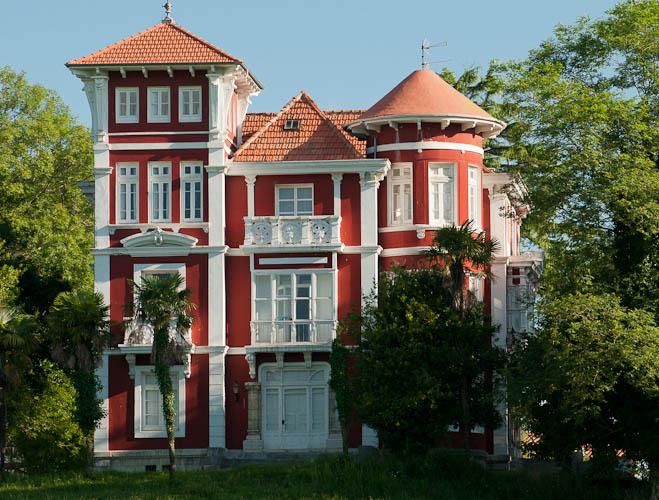 la-casa-roja-0f51a0