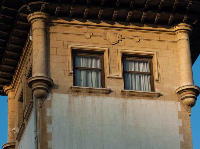 villa-delfina-se-mira-en-el-rio-e1f09f