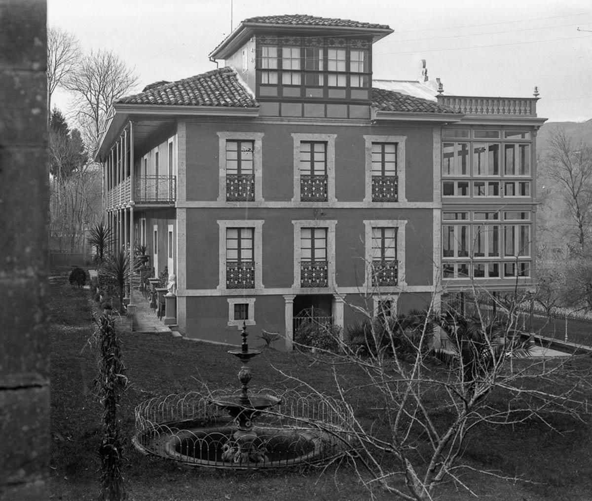 Casa de indiano en Sevares1920