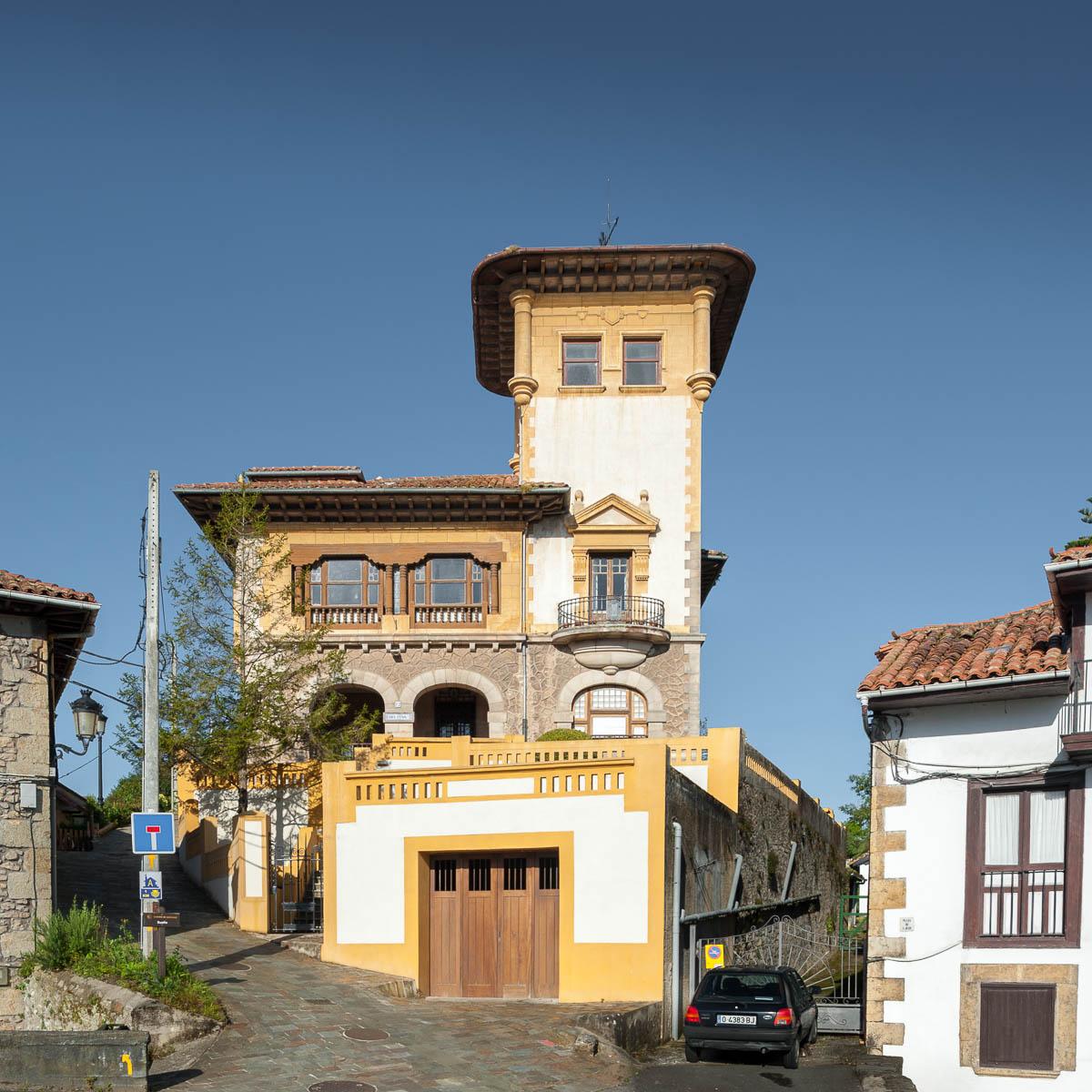 Villa Delfina, Bustio, Ribadedeva
