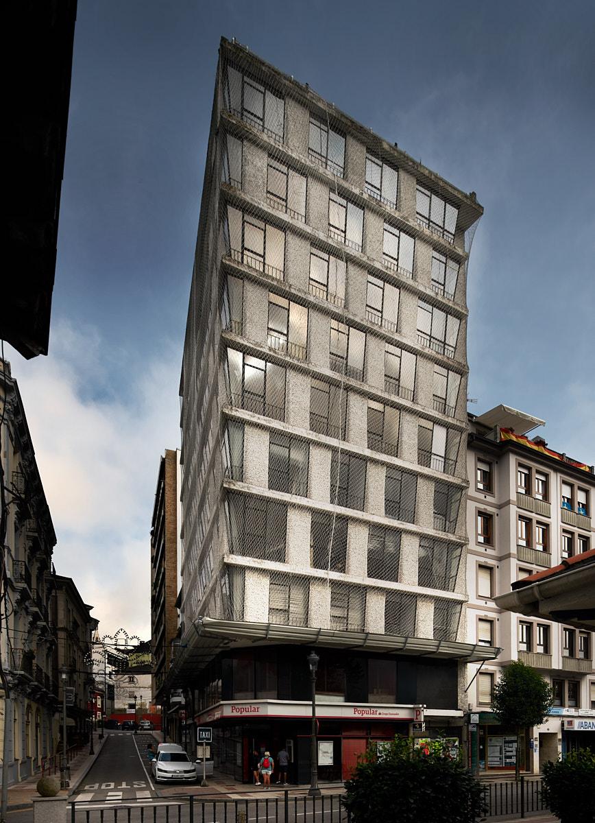 Torre de Navia, del arquitecto Gómez del Collado, en Navia, Asturias