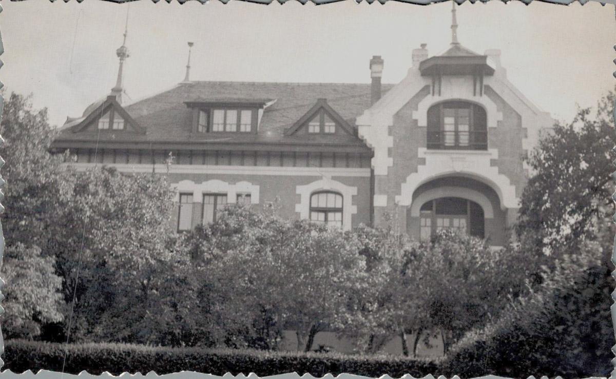 Villa Rosita en Otur, Luarca