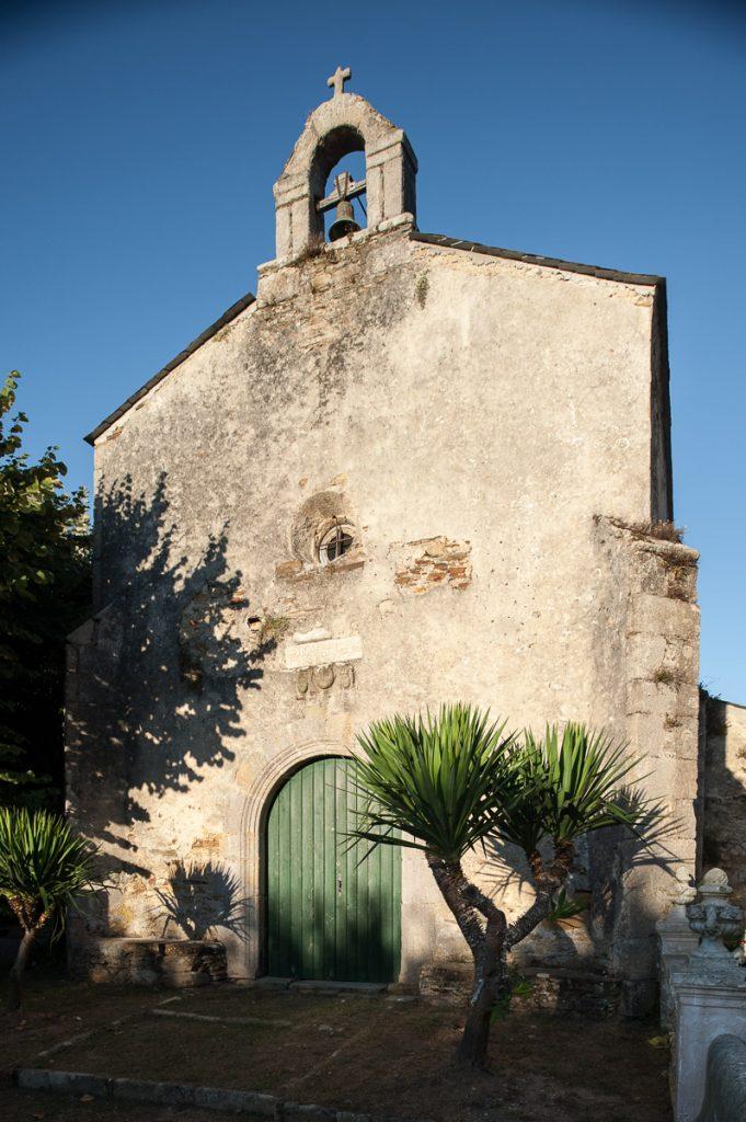 Capilla de Santa María del Campo en Castropol, Asturias