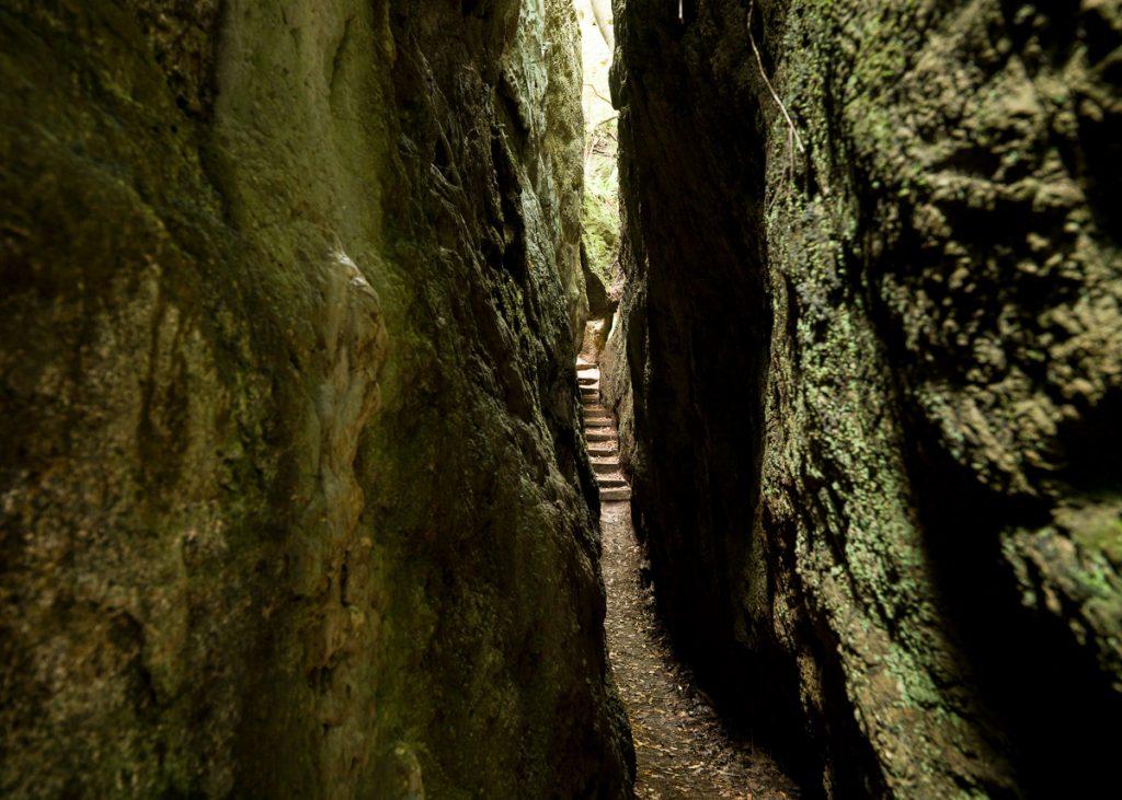Monumento Cuevas de la Andina