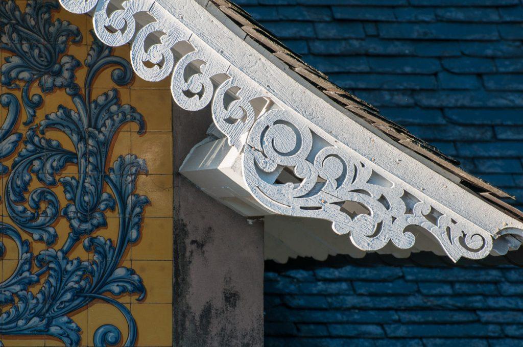 Detalle de la guardamalleta en Villa Anita