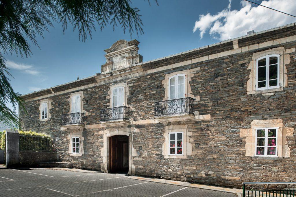 Palacio de Ron en Pesoz — Asturias por Descubrir
