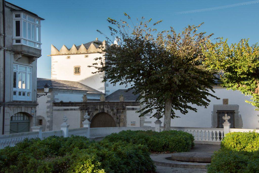 Palacio de los Marqueses de Santa Cruz en la villa de Castropol