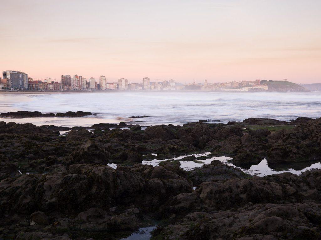 Panorámica de Gijón Mirando al Mar desde la zona del pedrero, mirando hacia Cimadevilla