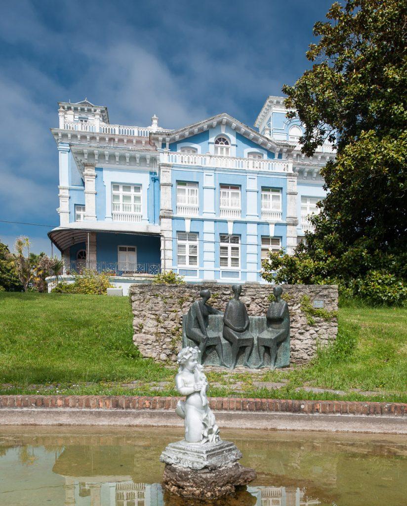 Jardín de la casa de indianos Quinta Guadalupe en Colombres, Ribadedeva