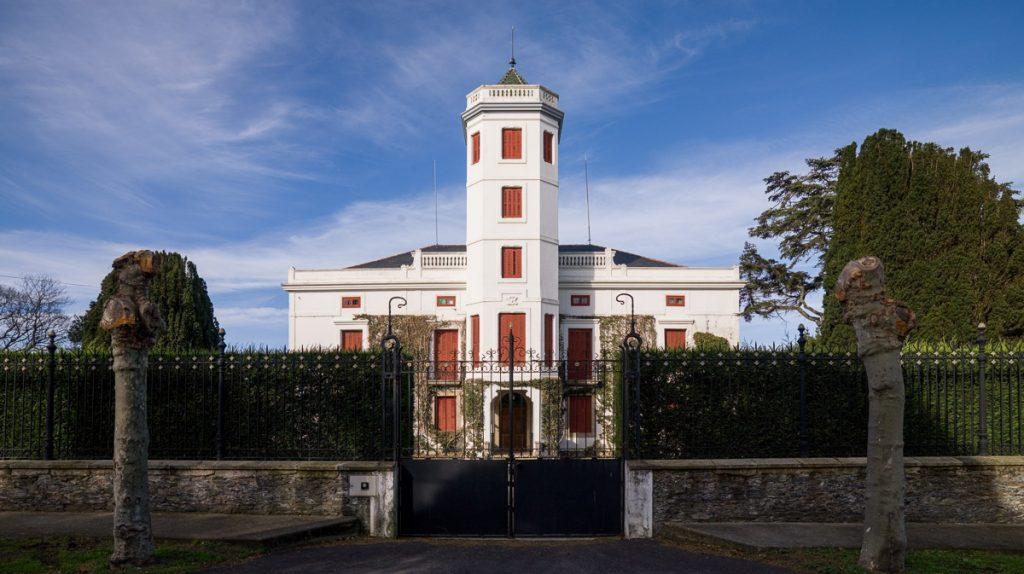 casa de indianos Quinta Jardón en Ortiguera, concejo de Coaña