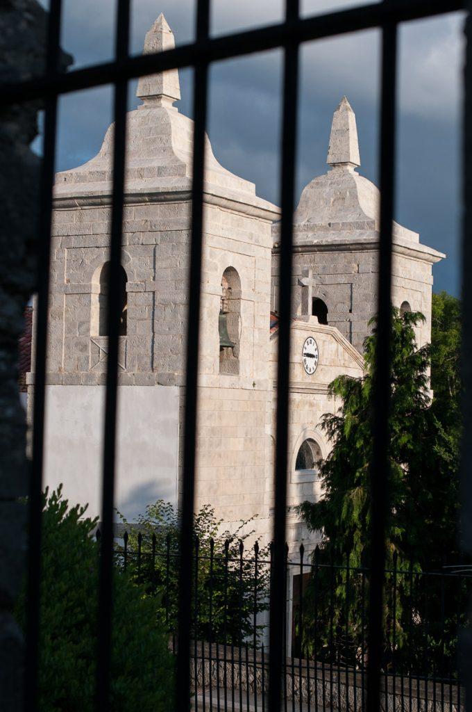 Iglesia de Santa María en Colombres