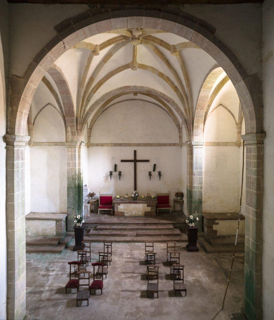 Interior de la capilla del Palacio deLa Espriella en Villahormes, Llanes