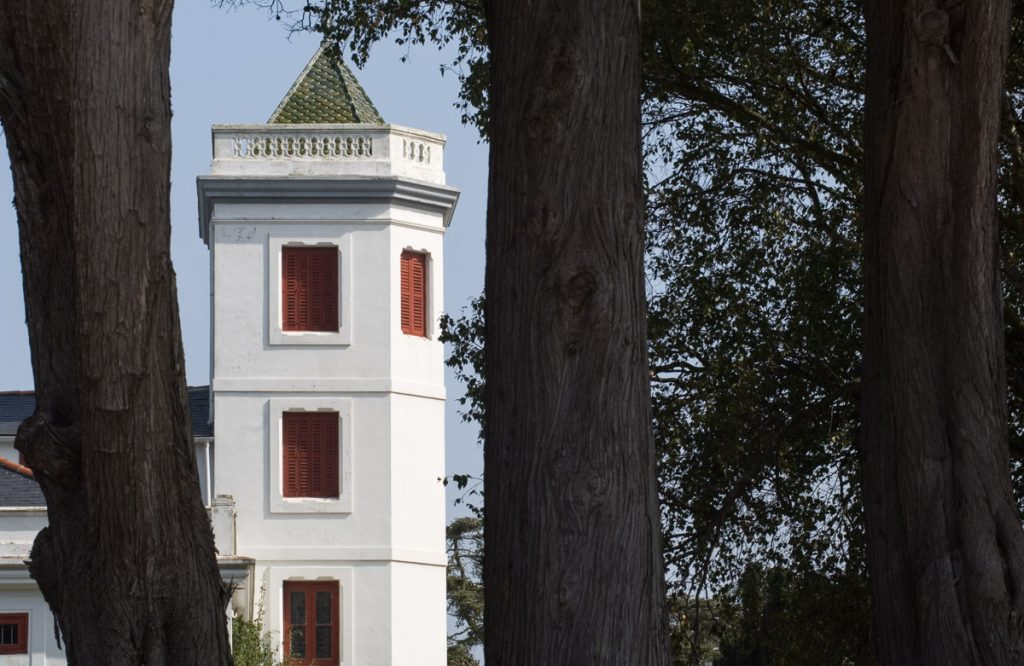 Detalle de la torre de la Quinta Jardón en Ortiguera, Coaña, Asturias