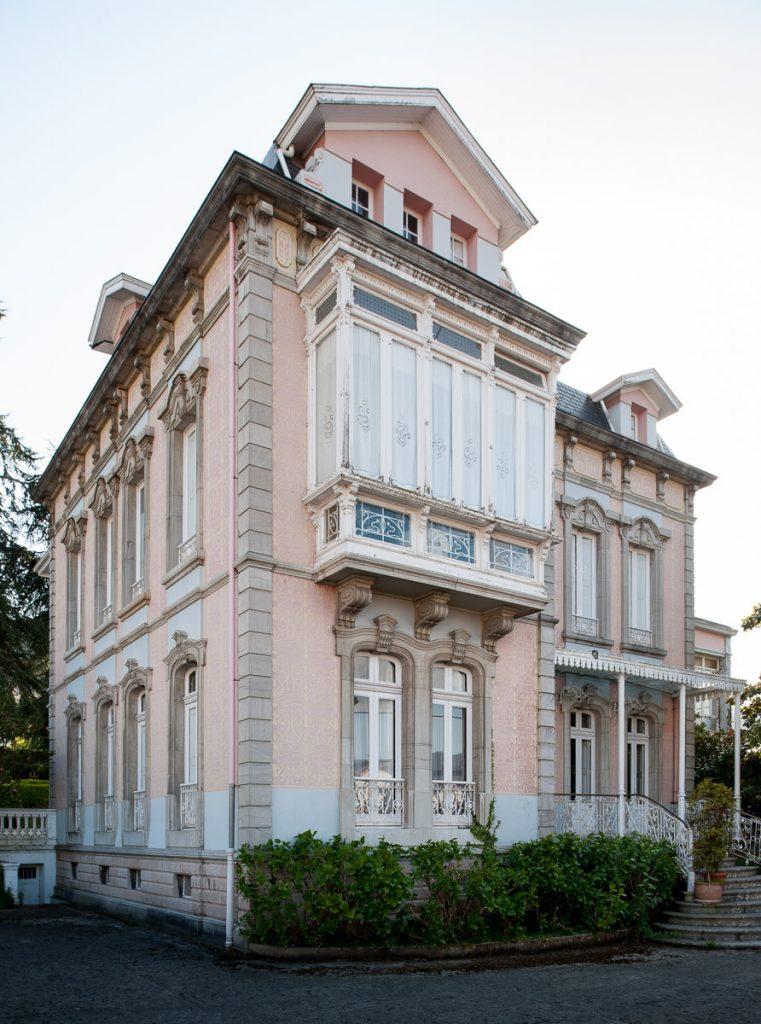 Fachada de la casa de indianos García de la Noceda en Pravia, que forma parte del balance del patrimonio indiano 2020 en Asturias