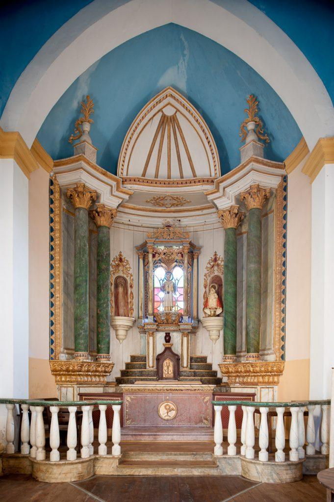 Retablo de la capilla del Palacio de La Huerta en Garaña de Pria