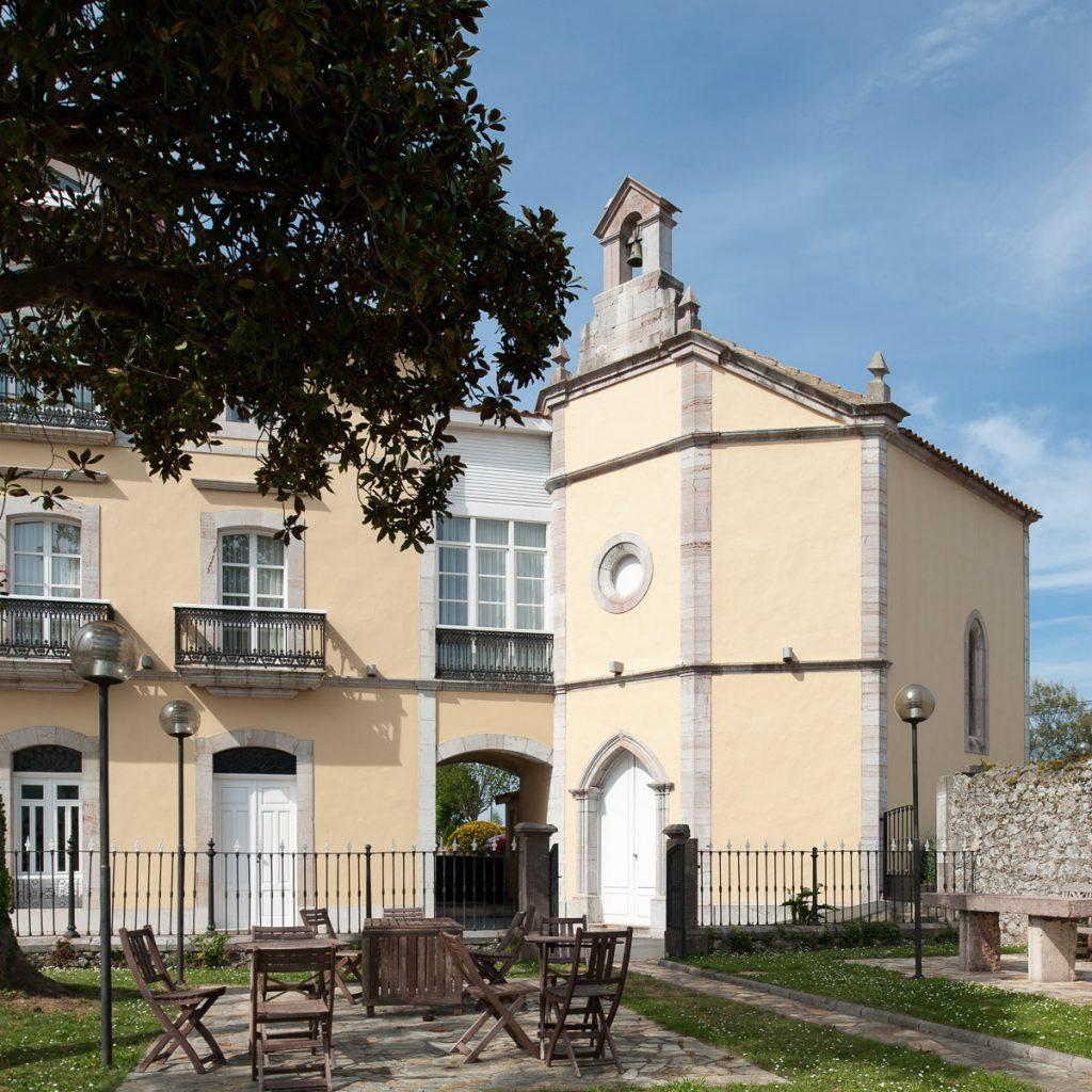 Capilla del Palacio de La Huerta en Garaña de Pria, Llanes