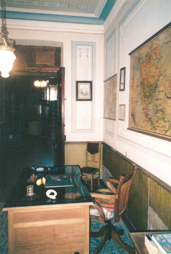 Despacho del indiano Manuel Pérez Villamil en Navia