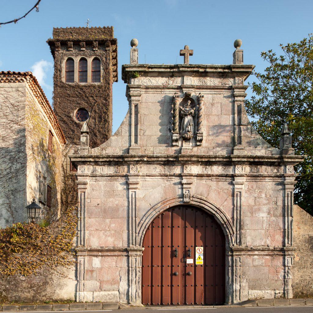 Portalón de la Torre de Villademar en Cudillero