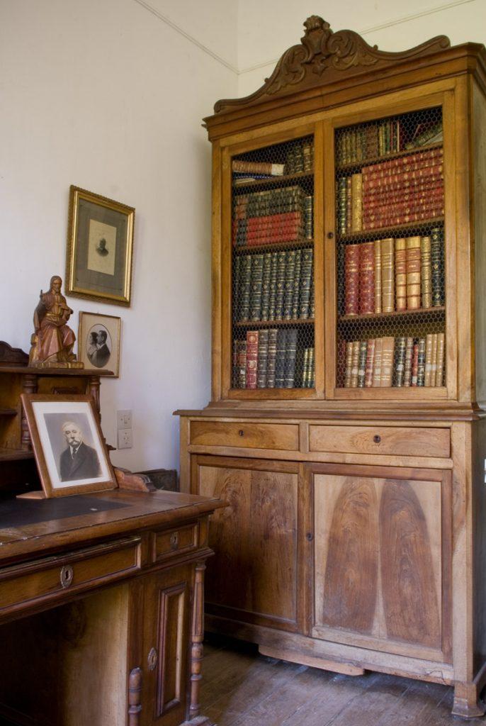 Despacho de Manuel Íbañez Posada en la casa de indianos Las Raucas, Colombres, Asturias