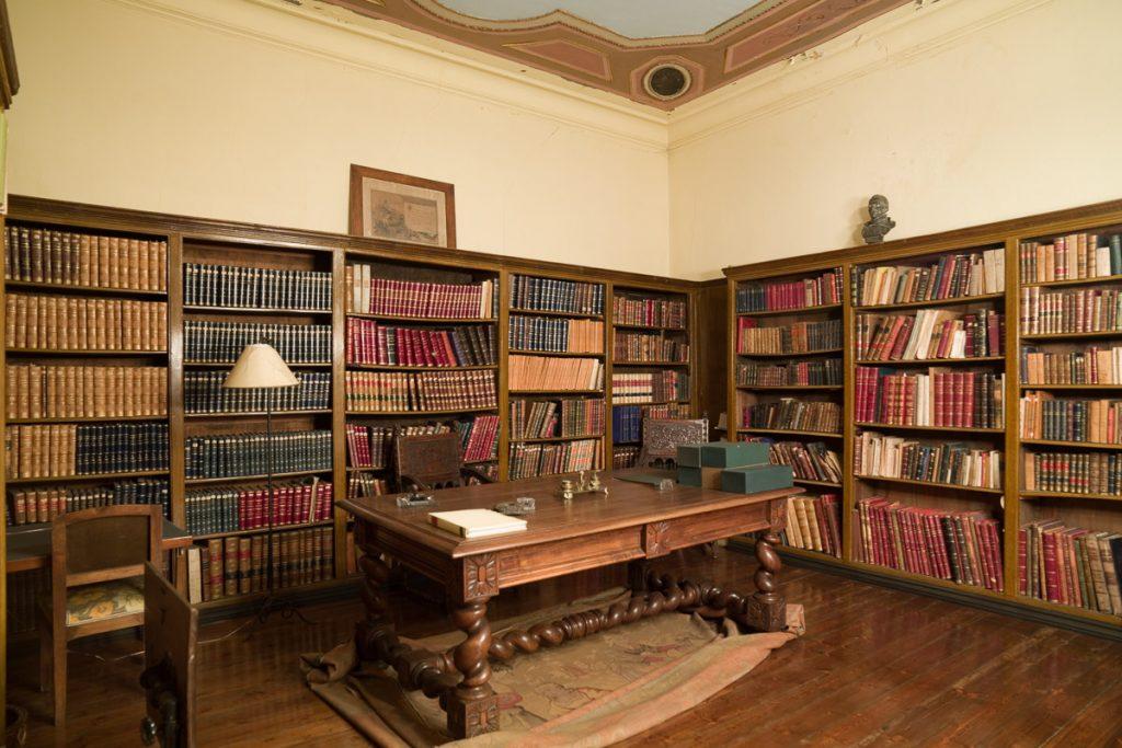 Biblioteca de Villa Sata Julita en Grado, Asturias.